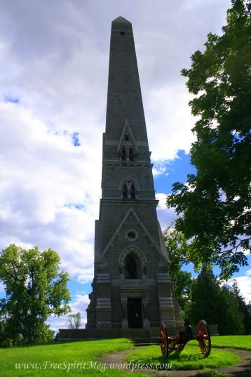Saratoga Monument3